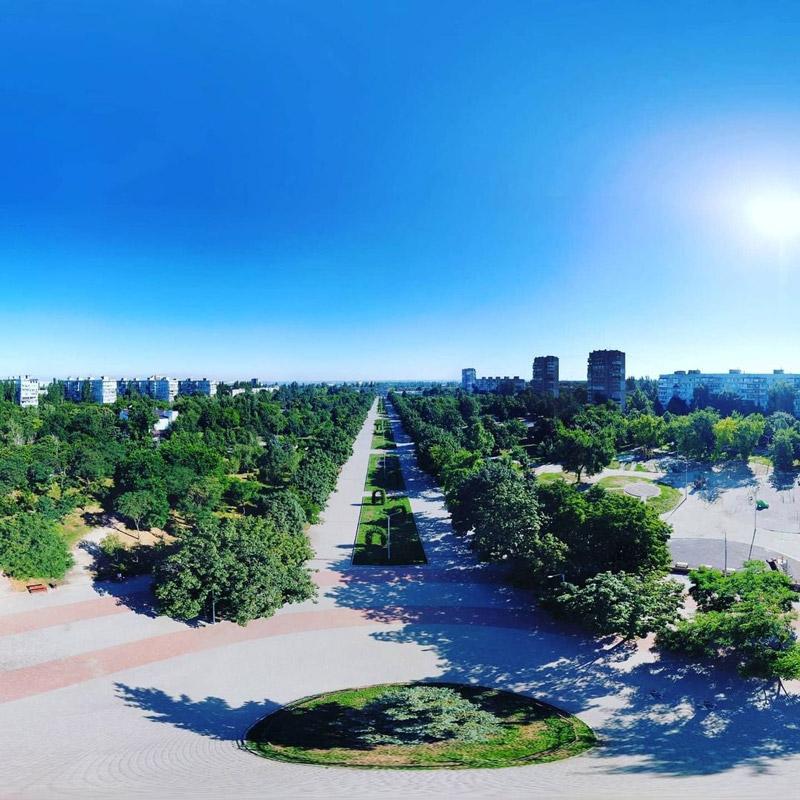 Парк Гагарина в Космическом микрорайоне Запорожья
