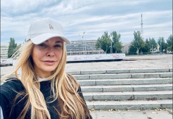 В Запорожье Ольга Сумская обратилась к областной власти по поводу состояния площади Фестивальной (видео)