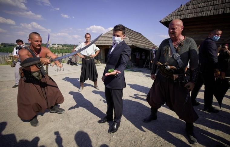 Подробности визита Зеленского в Запорожье: что посетит Гарант?!
