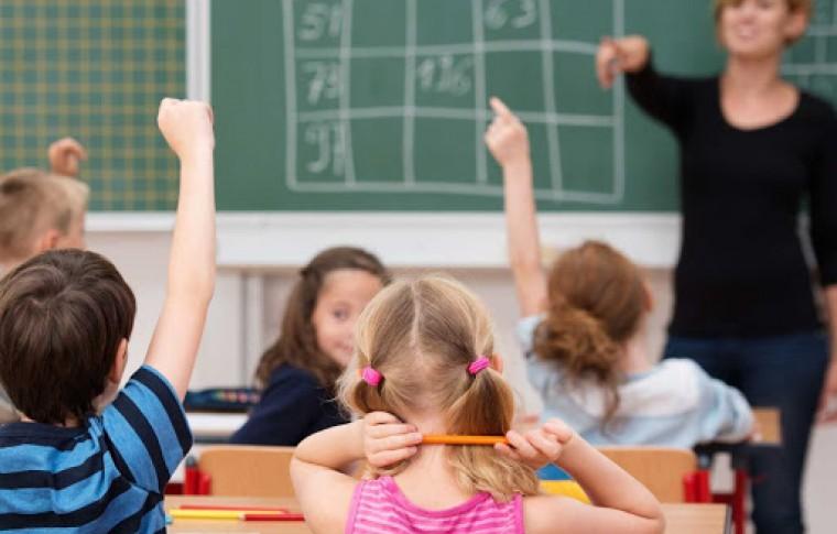 Как в Запорожье школьники будут учиться после каникул?!