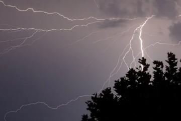 В Запорожской области снова ожидаются грозы и сильные порывы ветра (I уровень опасности)