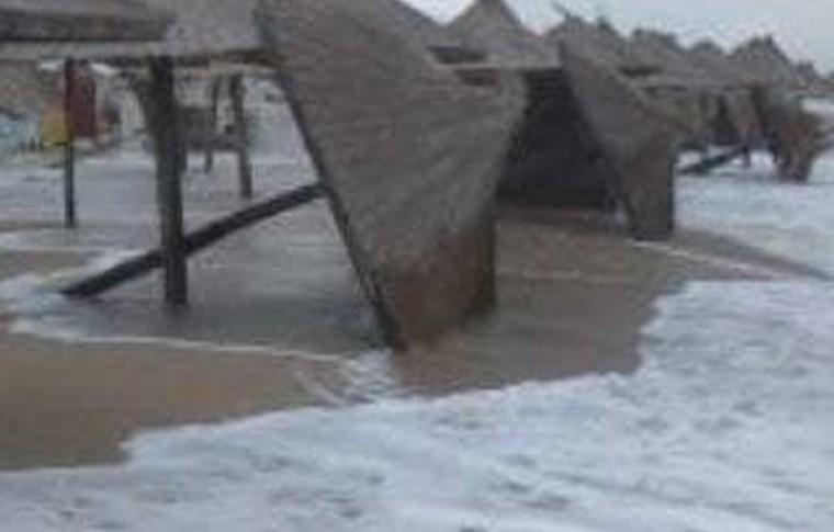 Последствия непогоды: в Запорожской области затопило ещё один курорт (фото, видео)
